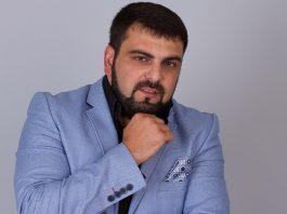 Arthur Khalatov about love for parents
