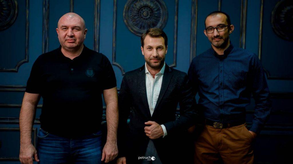 На фото: Аслан Кабалалиев, Аслан Тлебзу и Казбек Коджешау
