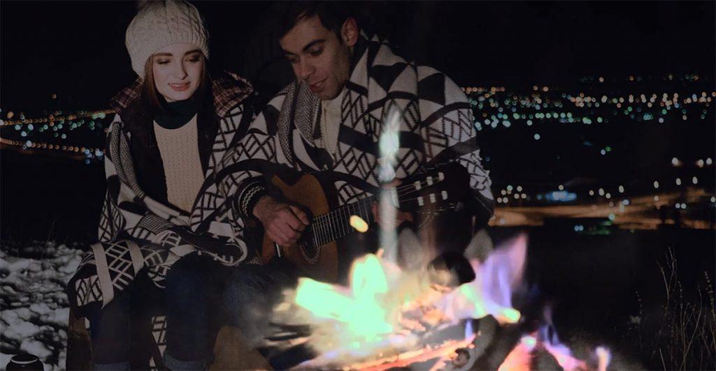 Узнать, кто пришёл на помощь влюблённым – в этом одна из интриг нового клипа Азамата