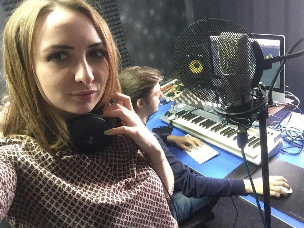 "Agata Kharolskaya at the ""You records 16"" studio"