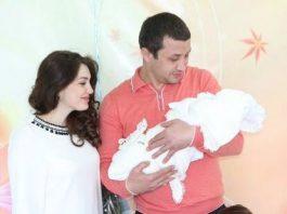 Лилия Шаулухова, ее муж Алим Шибзухов и их сын Хасан.