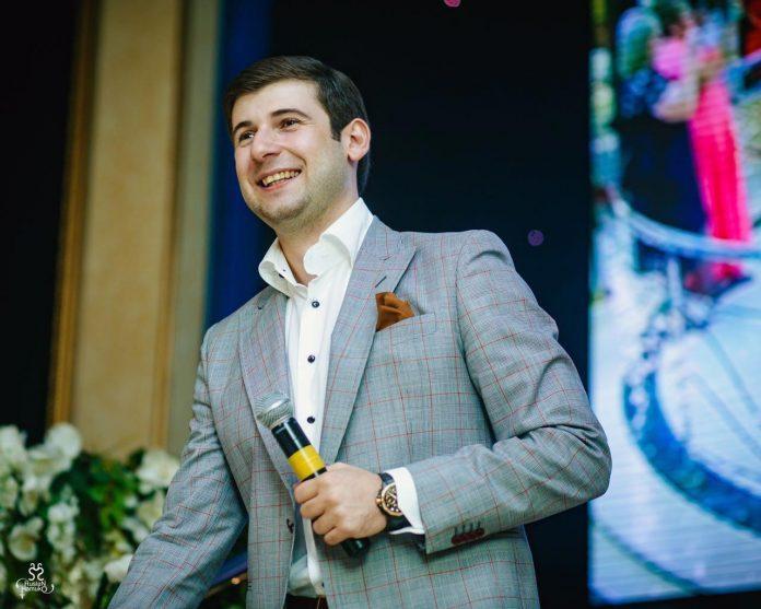 Азамат Биштов: «Хочу удивить зрителей своими новыми песнями!»