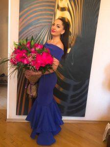 Вчера, 11 октября свой День рождения отметила популярная осетинская певица Илона Кесаева