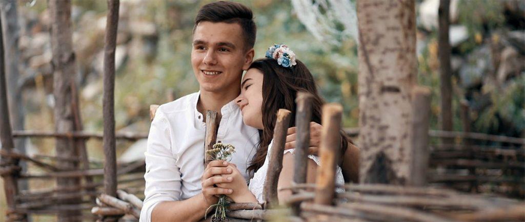 Кадр из видеоклипа Елены Царицы «Лишь о тебе»