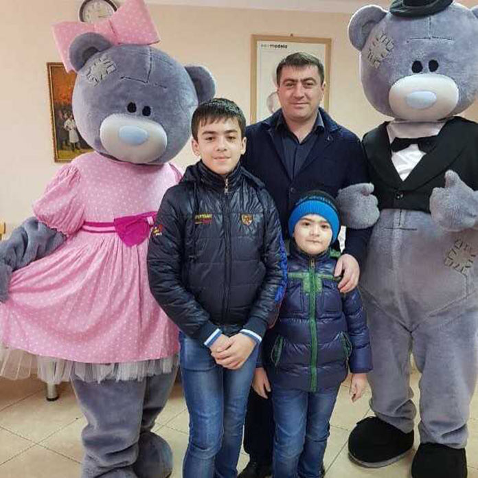 Рамазан Кайтмесов: «Мои дети первыми будят меня утром и дарят свои улыбки, поднимают настроение.»
