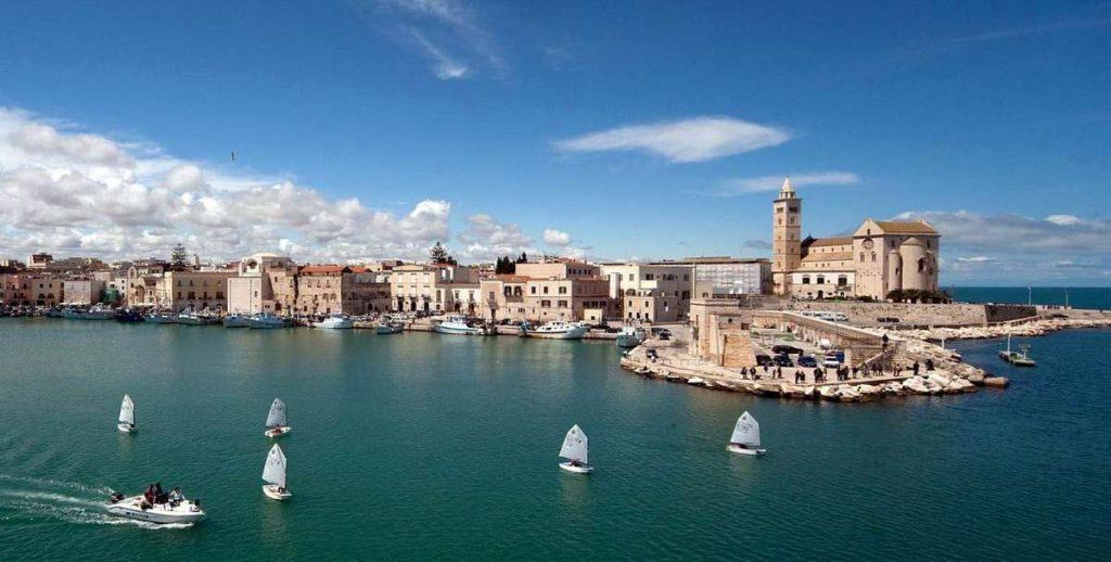 Apulia and Bari - southeast of Italy. Photo from www.planeta-best.ru