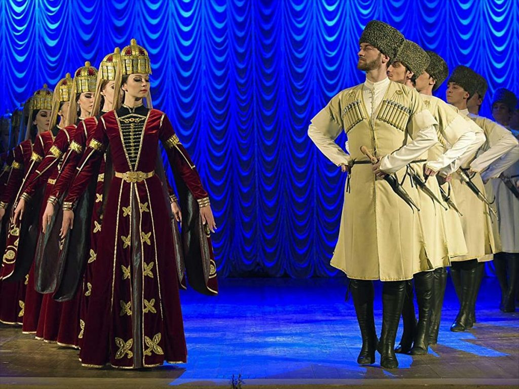 Государственный академический ансамбль народного танца Адыгеи «Нальмэс». Фото с сайта http://kuban24.tv