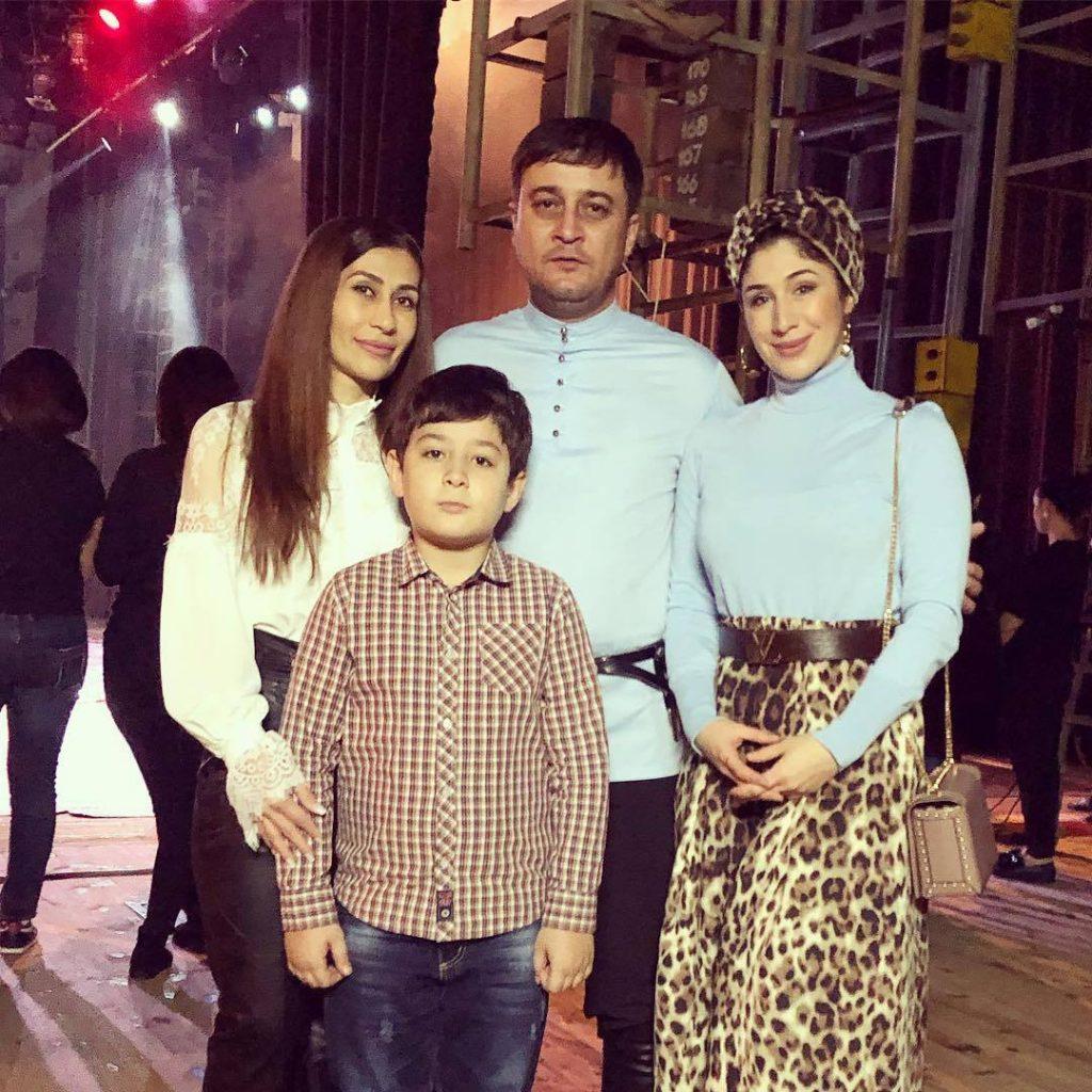 Магамет Дзыбов с семьей и Анжелика Начесова