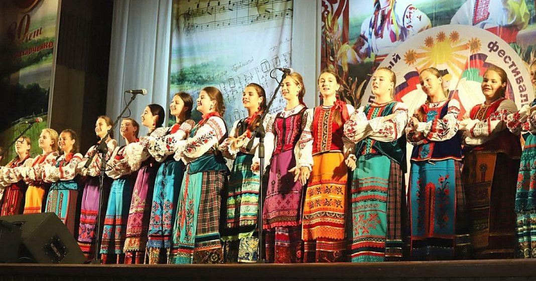 В Сочи открылся XXVIII фестиваль «Кубанский казачок»
