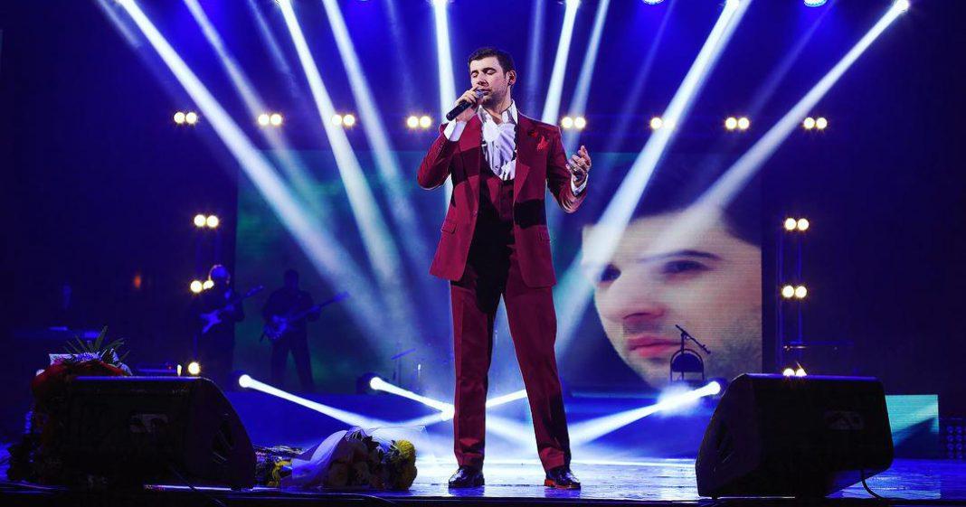 Азамат Биштов записывает новую песню