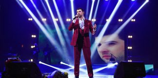 Azamat Bishtov writes a new song