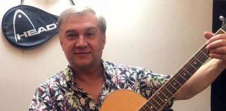 Sergey Kolesnichenko is preparing for a creative evening