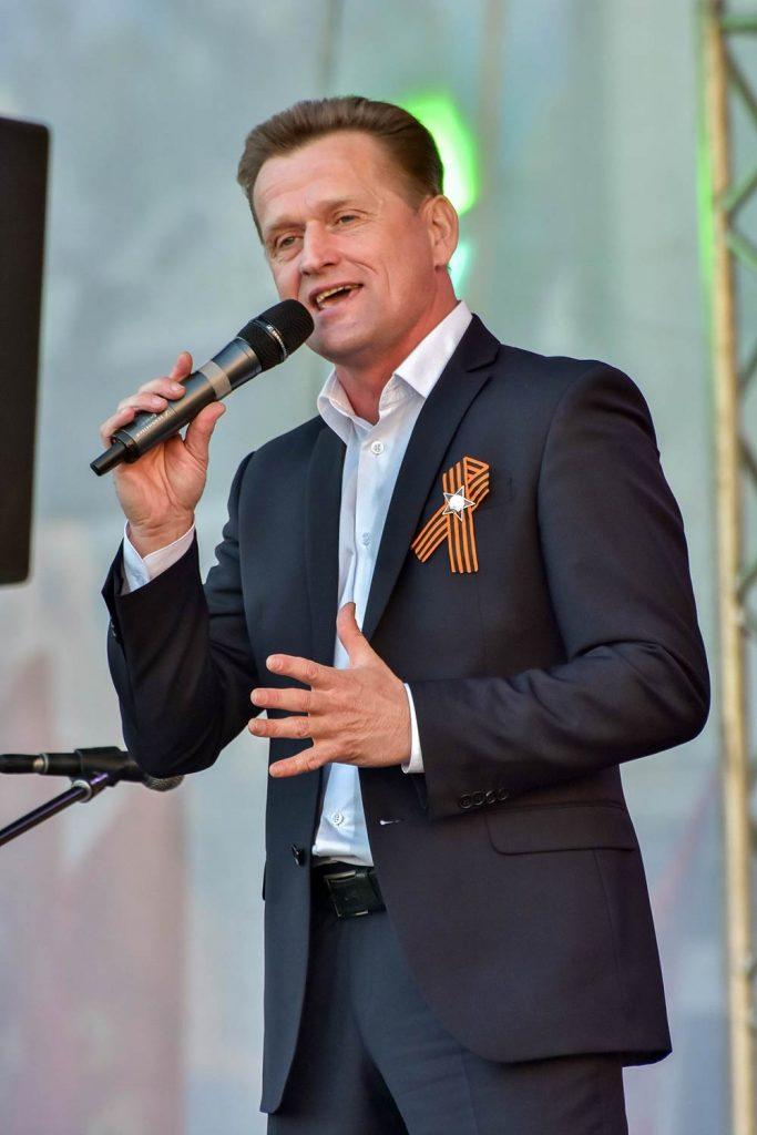 В альбом Дмитрия Юркова «Сыновья» вошли песни, посвященные важным жизненным умозаключениям в годы службы