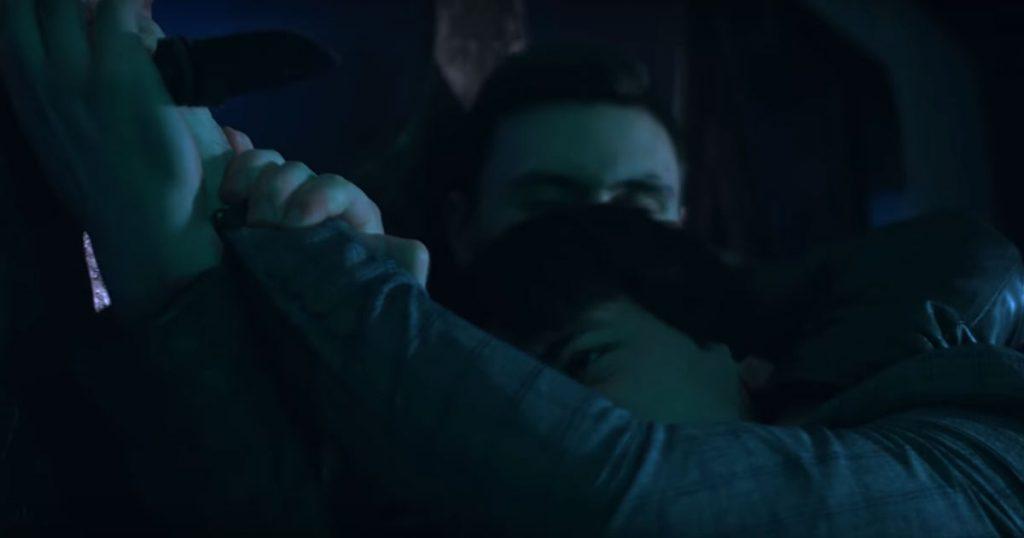 Кадр из видеоклипа «Mi lacir jan» Манвела Пашаяна