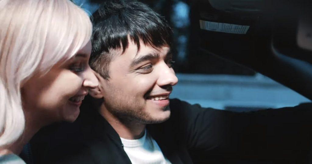 """ЭGO: """"Во время съёмок сцен в кабриолете мы с актрисой Ульяной Невгод ехали и дрожали"""""""