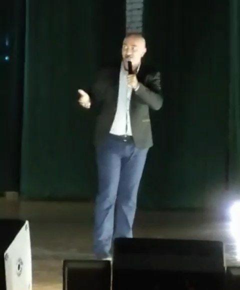 24 октября в районном Дворце культуры с огромным успехом прошёл сольный концерт ...