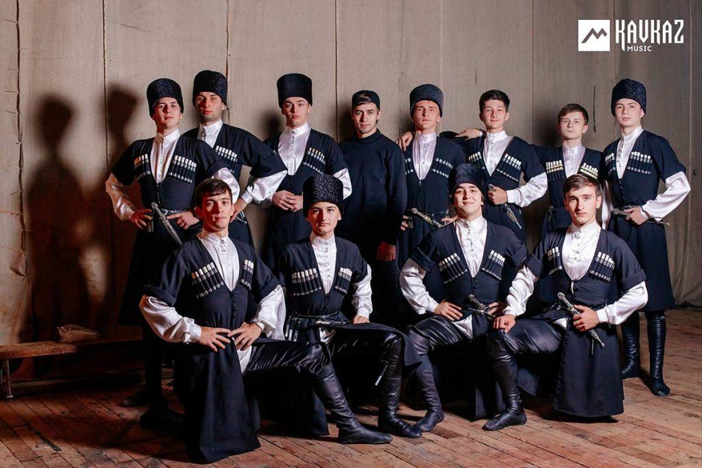 11 октября 2019 года. На концерте Рустама Нахушева в Нальчике. Ансамбль танца «Насып»