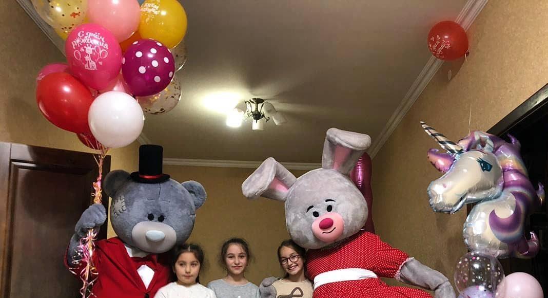 Не забываем про шарики  у нас огромный выбор шаров,по доступным ценам Экономите ...