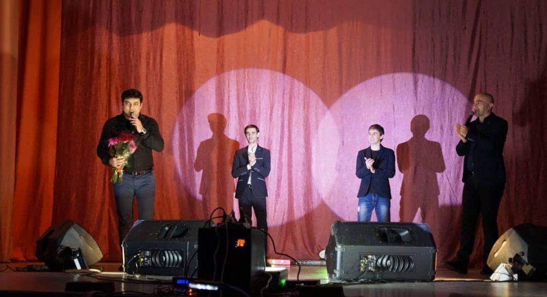 Фото с концерта Мурата Тхагалегова