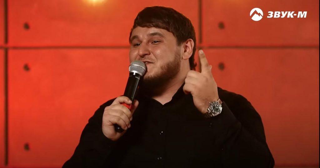 17 июня на YouTube-канале «Звук-М» прошел первый онлайн-концерт Рустама Нахушева