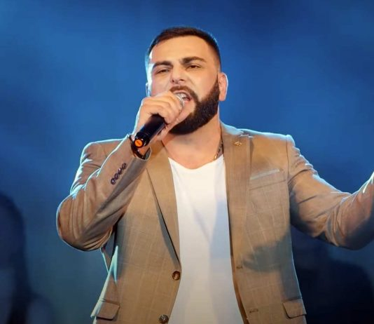 "The full version of the concert of Artur Khalatov, who performed in Vladikavkaz in November 2019, was released on the YouTube channel ""Sound-M"""