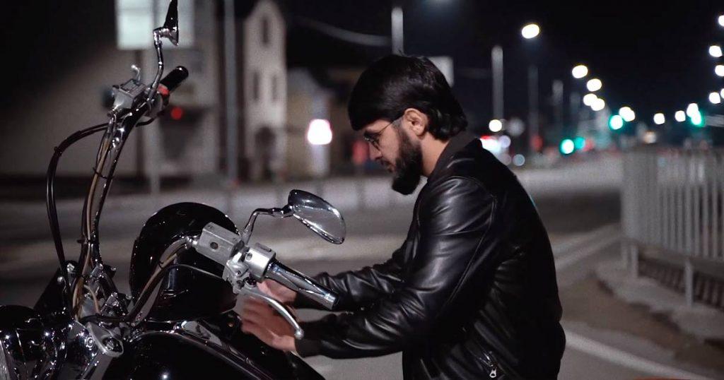 Видеоклип Ислама Итляшева «Она любила розы» снимался три дня -на ночных улицах Черкесска и Ставрополя