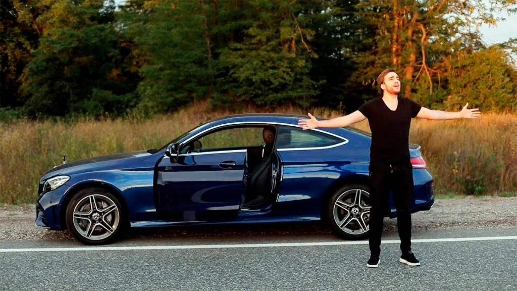 В поддержку новой песни Baarni представил видеоклип, снятый режиссером Карленом Хачатряном. Кадр из видеоклипа «Теперь чужая»