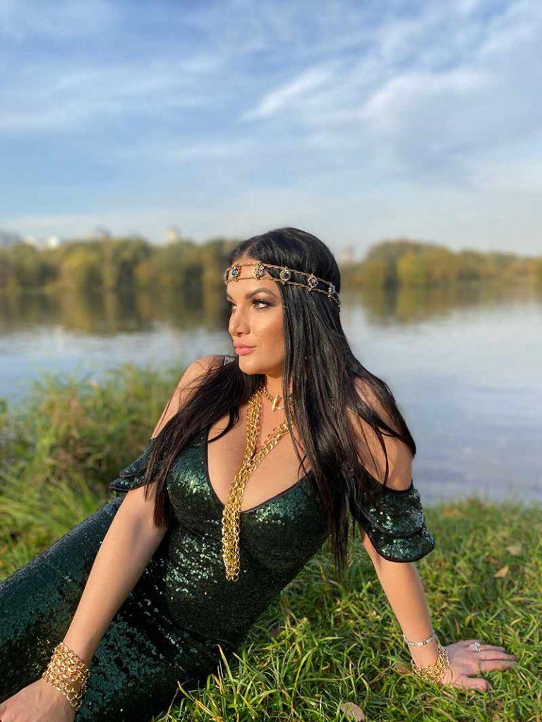 Вышел видеоклип Киры Шайн на песню «Три желания»
