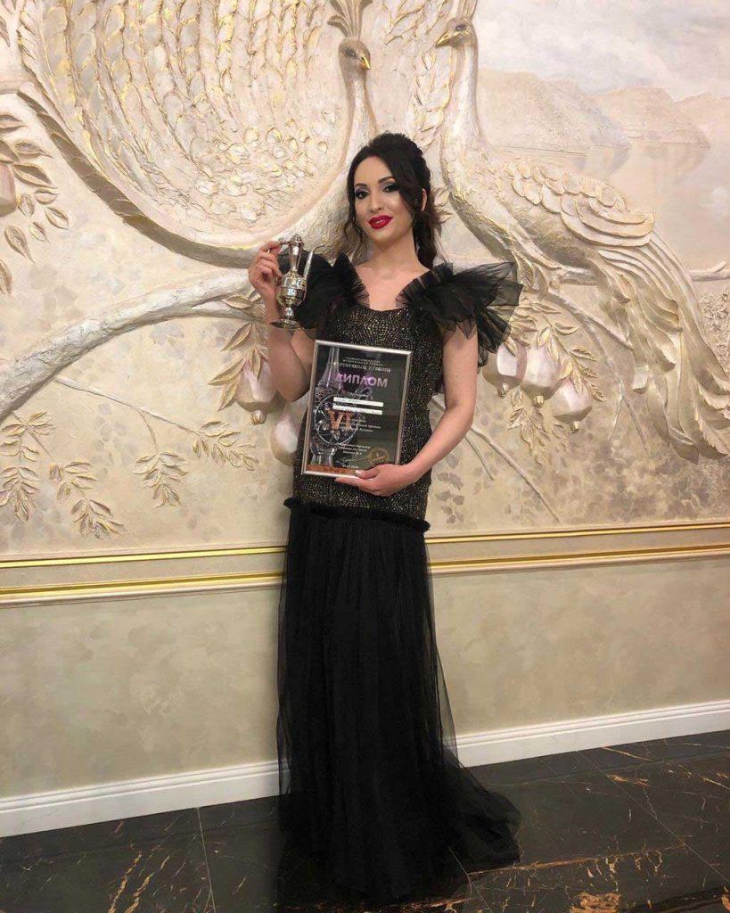 Илона Кесаева получила награду в номинации «Лучший артист Северной Осетии»