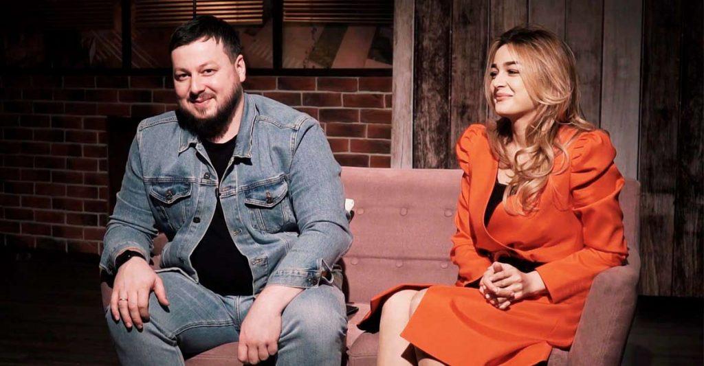 Героями нового выпуска «Шоу Город» на телеканале «Архыз 24» стали Ислам Мальсуйгенов и Зульфия Чотчаева