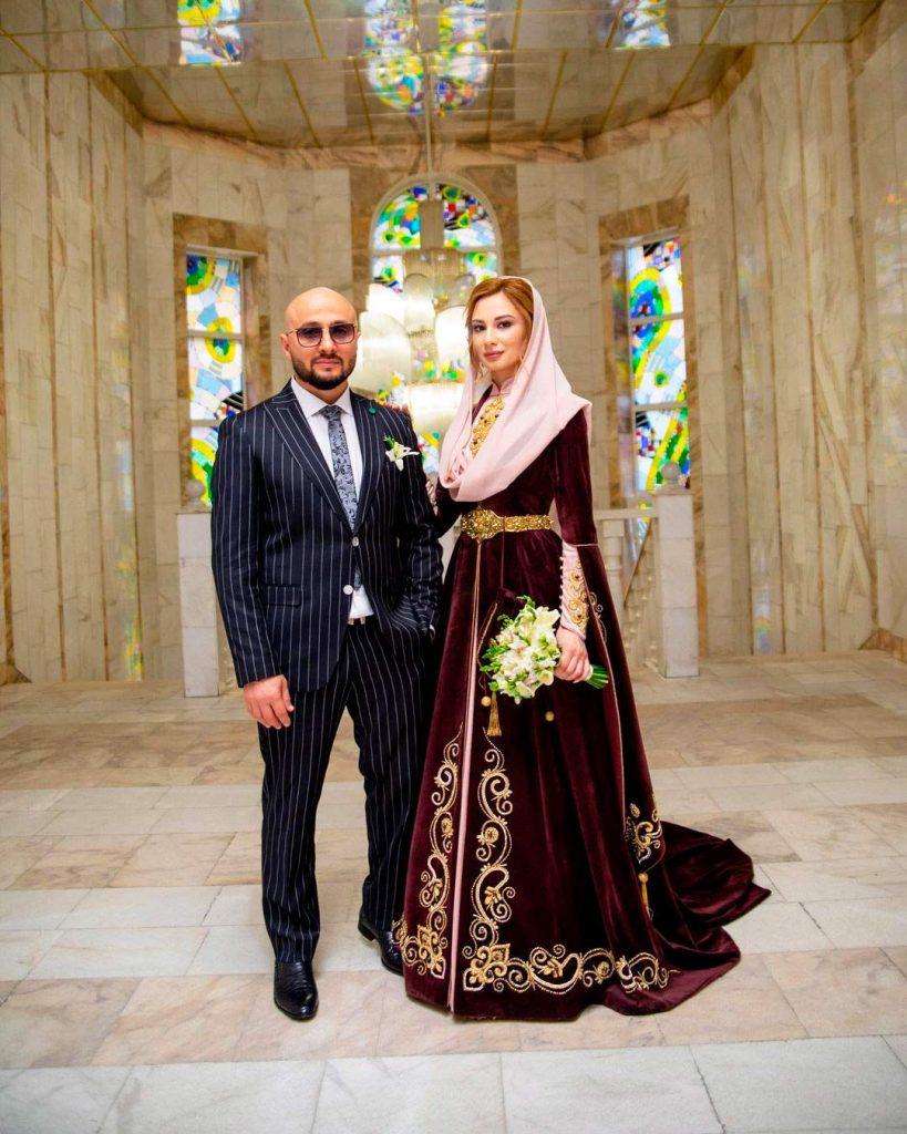 Султан Хажироко с женой Ланой
