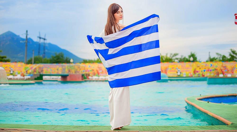 В Грецию певица отправляется 14 августа. Впереди – недели репетиций и подготовки.