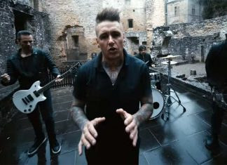 """Фирменный стиль «Papa Roach». Премьера клипа """"None of The Above"""""""