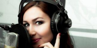 Амирина работает над новым треком - «Я назову тебя своим»