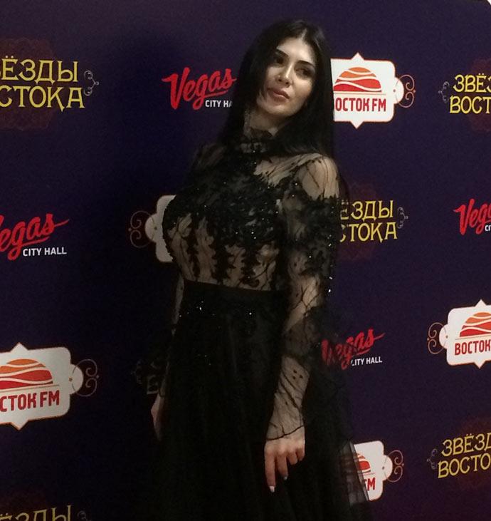 Впервые на концерте «Звезды Востока» выступила очаровательная Ольга Баскаева