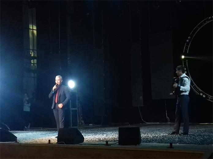 Алим Теппеев представляет зрителям свою новую композицию - «Басхан тары, Холам, Чегем, Бызынгы»