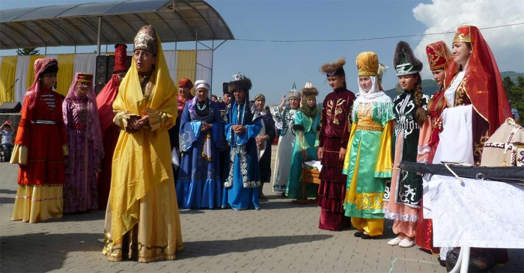 Participants of the republican festival of folklore in KCR. Photo: http://blago-kavkaz.ru