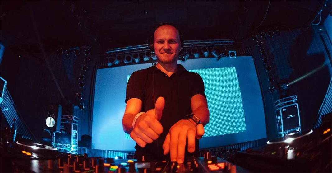 Belarusian DJ Dmitry Molosh presented a new mix