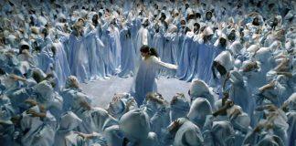 """""""God is a woman"""". Шокирующее и захватывающее видео от Арианы Гранде"""