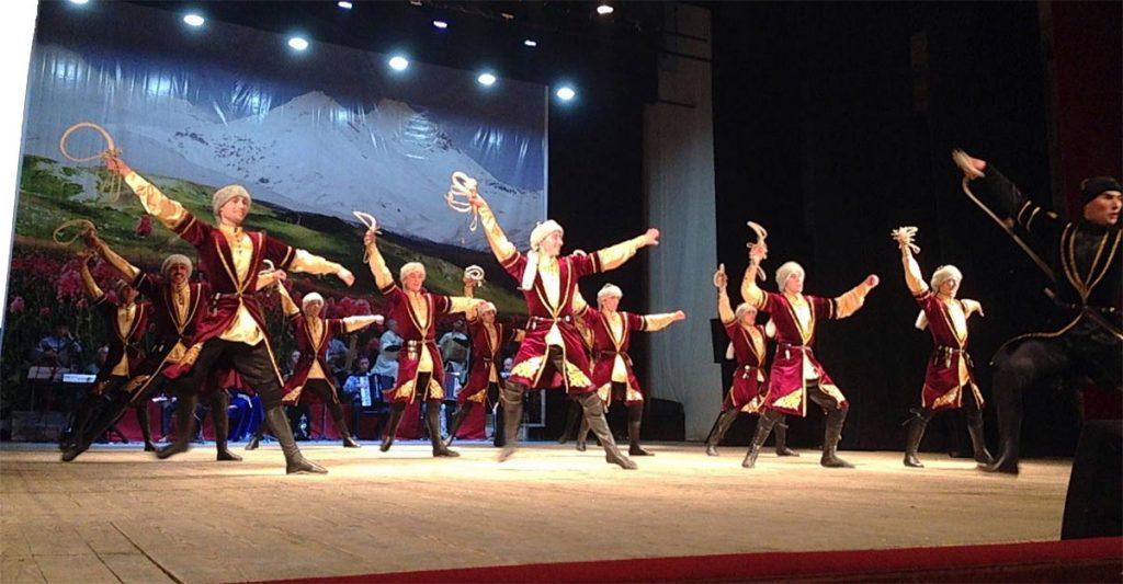 "The state ensemble of Karachay-Cherkessia ""Elbrus"" at his solo concert. Photo: http://www.riakchr.ru"