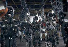 "The Chemical Brothers представили видео с роботами ""Free Yourself"""