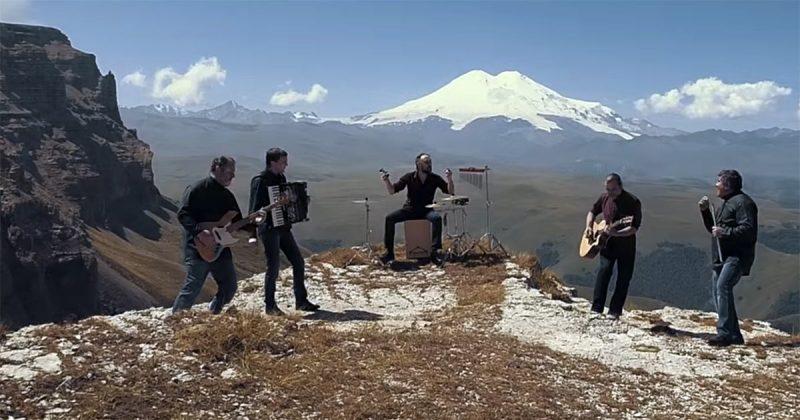 "Группа ""Хатти"". Съёмки видеоклипа на песню «Зымахуэ» («Однажды»)"