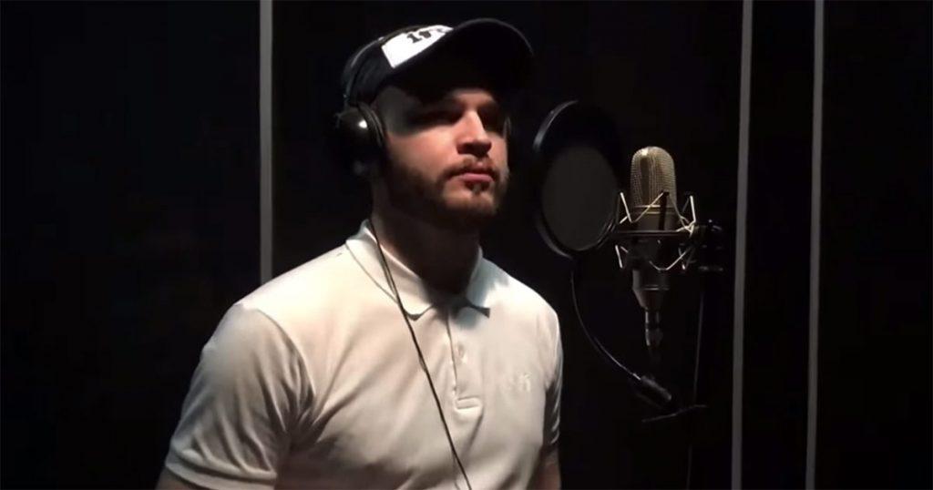 Вышла песня Ислама Джамбекова «В городе гаснут огни». Фото из студии звукозаписи «R.R PROJECT»
